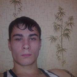 Симпатичный парень пригласит в гости девушку из Москвы